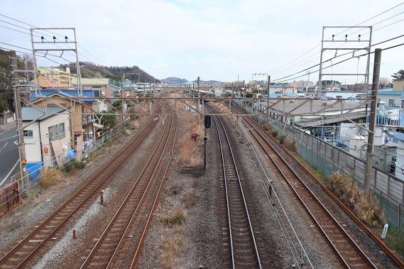 歩道橋からのJR線路