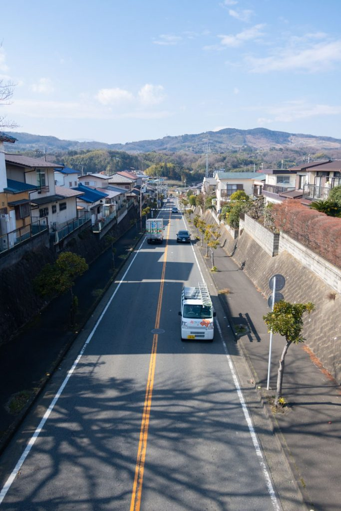 新坂呂橋通り 小田原方向