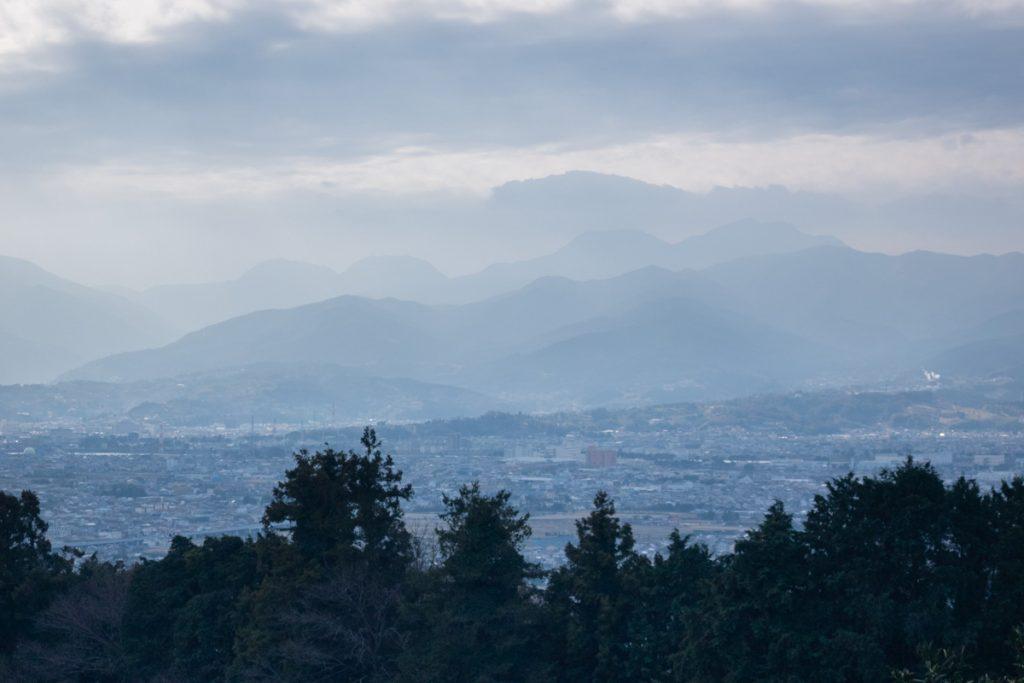 一本松付近から箱根の山々